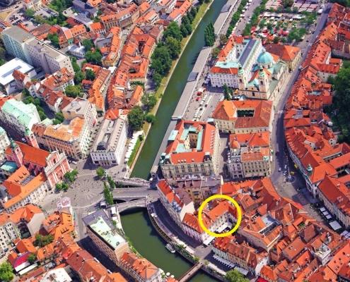Большая квартира в самом сердце Любляны на Тромостовье