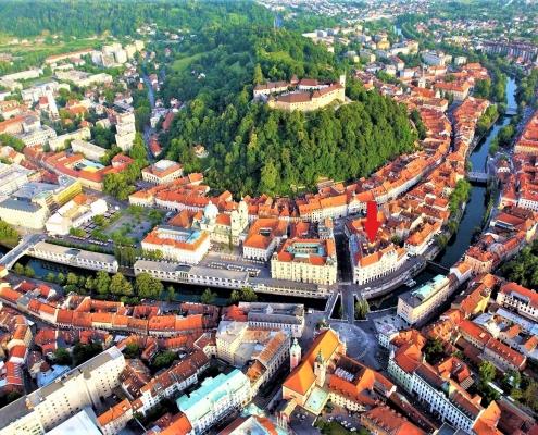 Big apartment right in the heart of Ljubljana on Three bridges