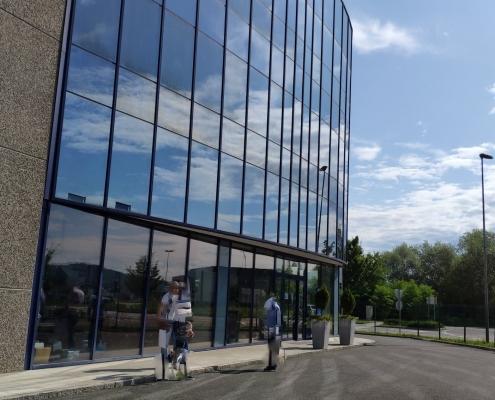 Складской и бизнес-центр в индустриальной зоне Коменда, Словения