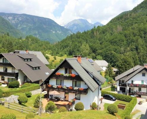 Новый апарт-отель на озере Бохинь, Словения