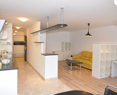 2 room apartment in Ljubljana near Tivoli park, Šiška district