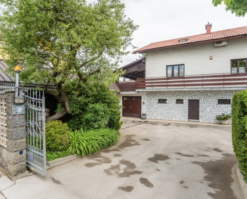 Object (detached house) on an attractive location of Ljubljana