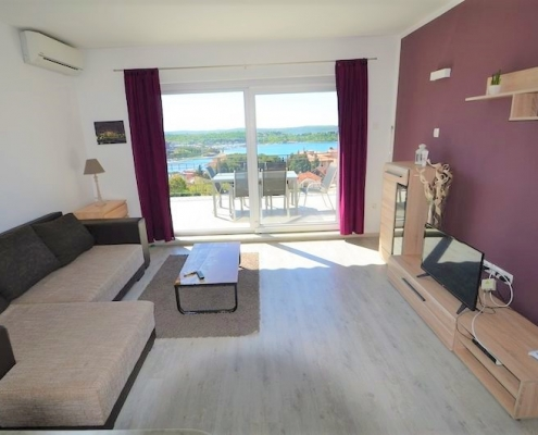3'room apartment in Portorož with open sea and marina view