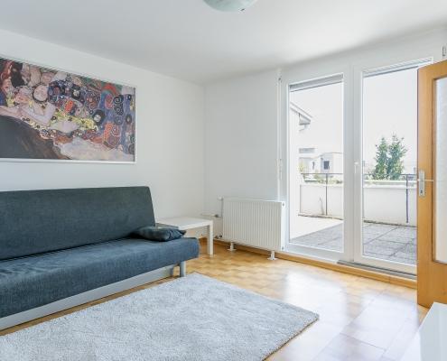 Bright and sunny 2.5 room apartment in Ljubljana, Koseze district